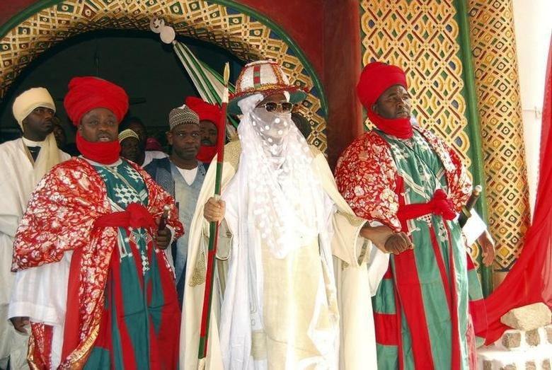 Emir of Kano, Alhaji Ado Bayero (C), attends an event marking his 50th year on the throne in Kano, northern Nigeria June 15, 2013.  REUTERS/Stringer