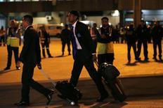 Jogadores da seleção de Honduras desembarcam no aeroporto de Guarulhos para a disputa da Copa do Mundo. 09/06/2014. REUTERS/Ivan Alvarado