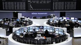 The curve of the German share price index DAX board, is pictured at the Frankfurt stock exchange June 13, 2014.    REUTERS/Remote/Stringer
