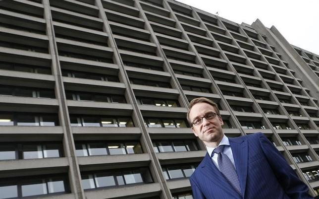 File photo of Germany's federal reserve Bundesbank President Jens Weidmann in front of the Bundesbank headquarters during a photo shoot with Reuters in Frankfurt May 17, 2013.  REUTERS/Kai Pfaffenbach/Files