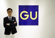 6月17日、ファーストリテイリングループの低価格カジュアル衣料ブランド「ジーユー」の柚木社長は、2015年以降に香港・韓国・東南アジアへ出店する構想を明らかに(2014年 ロイター/Issei Kato)