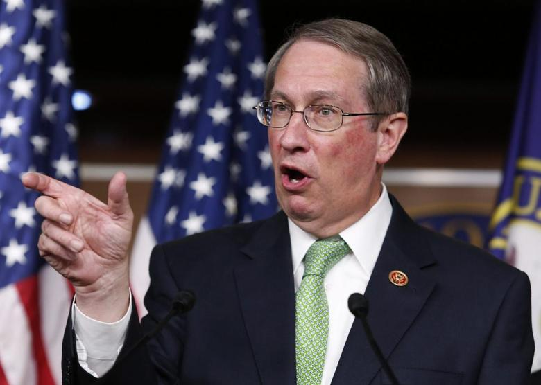 House Judiciary Committee Chairman Bob Goodlatte (R-VA) speaks at a news conference on the anticipated House passage of the USA Freedom Act on Capitol Hill in Washington May 22, 2014.   REUTERS/Yuri Gripas