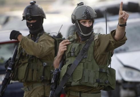 Gun battle flares as Israeli soldiers seek missing teens