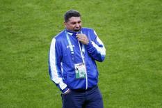 Técnico da seleção de Honduras Luiz Fernando Suarez participa de treinamento da equipe em Porto Alegre. 17/06/2014. REUTERS/Murad Sezer