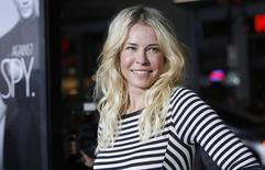 "Cast member Chelsea Handler poses at the premiere of ""This Means War"" at the Grauman's Chinese theatre in Hollywood, California February 8, 2012.  REUTERS/Mario Anzuoni"