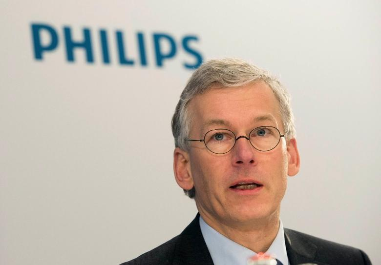 Frans van Houten, chief executive (CEO) of Philips, speaks during the presentation of the 2013 full-year results in Amsterdam, January 28, 2014.REUTERS/Toussaint Kluiters/United Photos