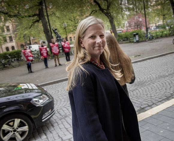 Swedish-American heiress Cristina Stenbeck, executive chairman and principal owner of Investment AB Kinnevik, looks on in Stockholm, May 12, 2014. REUTERS/Jonas Ekstromer/TT News Agency