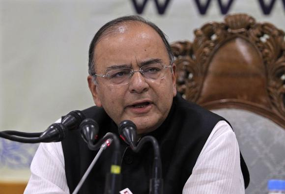 New Finance and Defence Minister Arun Jaitley speaks during a news conference in Srinagar June 15, 2014. REUTERS/Danish Ismail