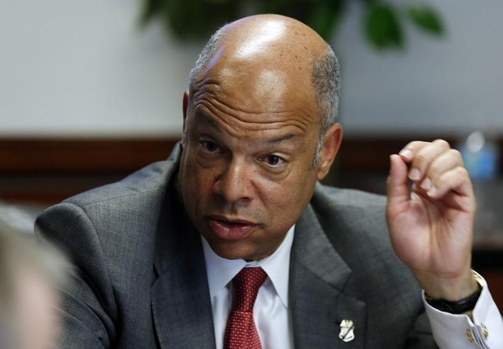 U.S. Secretary of Homeland Security Jeh Johnson gestures during the second day of Reuters CyberSecurity Summit in Washington, May 13, 2014.    REUTERS/Larry Downing