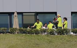 Jogadores da seleção brasileira recebem amigos e parentes durante folga em Teresópolis. 24/06/2014.  REUTERS/Marcelo Regua