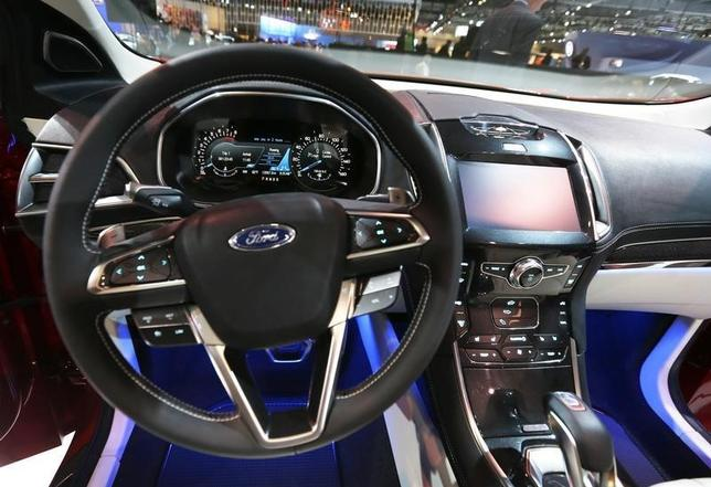 Interior of Ford Edge Concept vehicle is pictured at the 2013 Los Angeles Auto Show in Los Angeles, California November 20, 2013.    REUTERS/Mike Blake