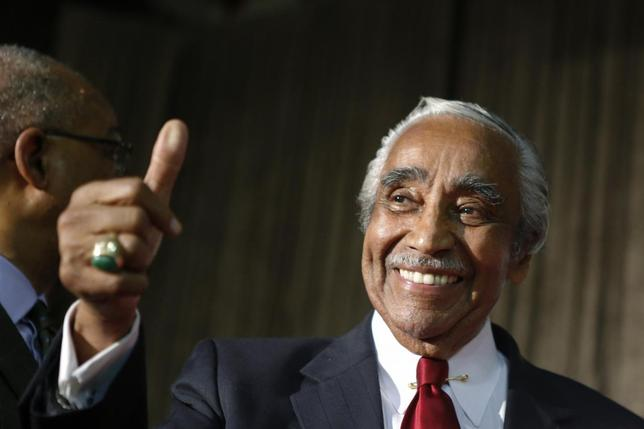 U.S. Representative Charles Rangel (D-NY), gives a thumb up as he celebrates his victory during the Democratic Primary election in New York, June 24, 2014. REUTERS/Eduardo Munoz