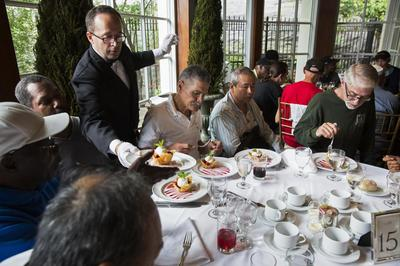 Tycoon buys homeless lunch