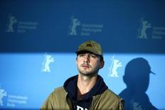 """En la imagen de archivo, el actor durante la presentación de """"Nymphomaniac""""  en la Berlinale, el 9 de febrero de 2014.  El actor Shia LaBeouf, que protagonizó las películas de """"Transformers"""" y """"Nymphomaniac"""", fue arrestado en el interior del Studio 54 de Nueva York durante una actuación del performance """"Cabaret"""", dijo la policía. REUTERS/Thomas Peter"""