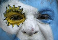 Torcedor argentino antes da partida Argentina x  Irã no Mineirão. 21/06/2014 REUTERS/Sergio Perez