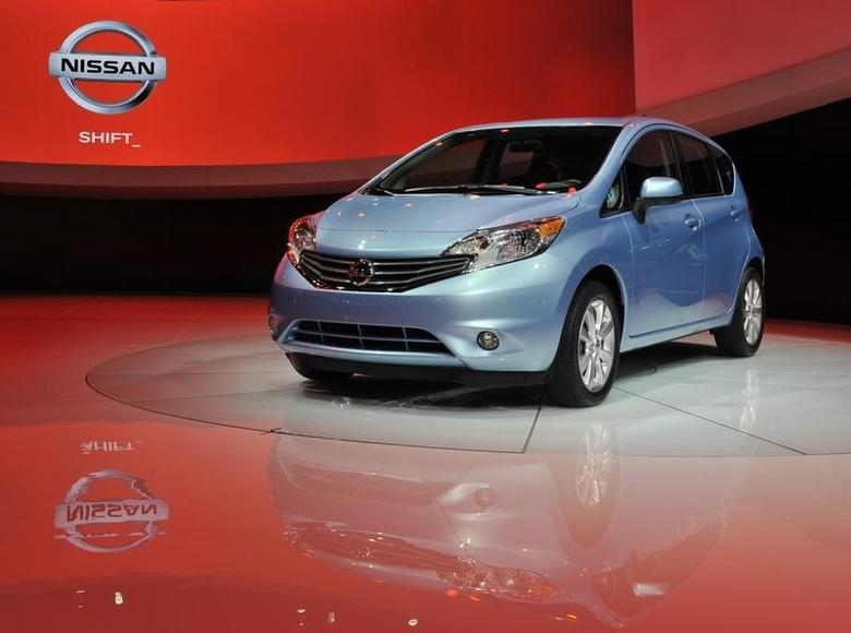 The 2014 Nissan Versa Note is displayed at the North American International Auto Show in Detroit, Michigan January 15, 2013. REUTERS/James Fassinger