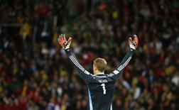 Goleiro alemão Manuel Neuer durante partida contra a Argélia no estádio Beira-Rio, em Porto Alegre . 30/6/2014. REUTERS/Stefano Rellandini
