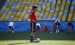 Alemão Loew comanda treino no Maracanã .  REUTERS/Kai Pfaffenbach