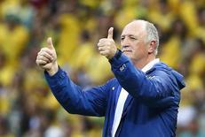 Técnico da seleção brasileira, Luiz Felipe Scolari, durante partida contra a Colômbia em Fortaleza. 04/07/2014. REUTERS/Stefano Rellandini