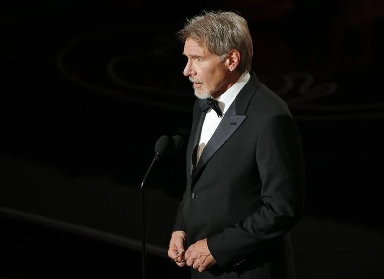 Harrison Ford introduces film clips at the 86th Academy Awards in Hollywood, California March 2, 2014.  REUTERS/Lucy Nicholson