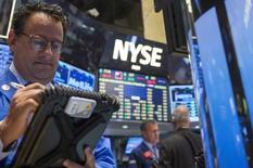 Les autorités américaines ont suspendu vendredi la cotation de Cynk Technology en raison de soupçons de manipulation du cours de cette société dont la valeur boursière est passée en quelques semaines de moins de 20 millions à plus de six milliards de dollars. /Photo d'archives/REUTERS/Brendan McDermid