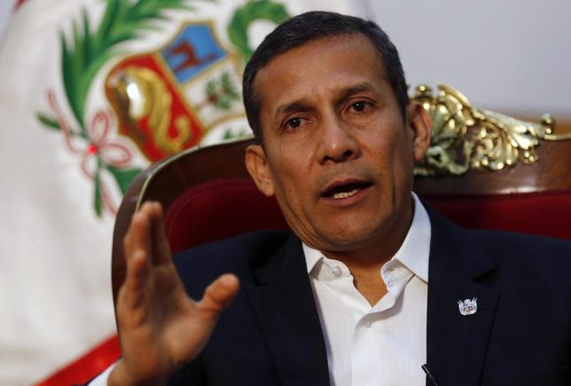 Peru's President Ollanta Humala speaks during an interview with Reuters at the government palace in Lima July 12, 2014. REUTERS/Mariana Bazo