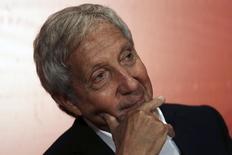 Abilio Diniz, ancien président de GPA, le premier groupe de distribution au Brésil aujourd'hui contrôlé par le français Casino, qui  a cédé lundi la quasi-totalité de ses parts pour un montant de 1,19 milliard de reais (395 millions d'euros). /Photo d'archives/REUTERS/Nacho Doce