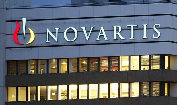 The logo of Swiss drugmaker Novartis is seen at its headquarters in Basel October 22, 2013. REUTERS/Arnd Wiegmann/Files