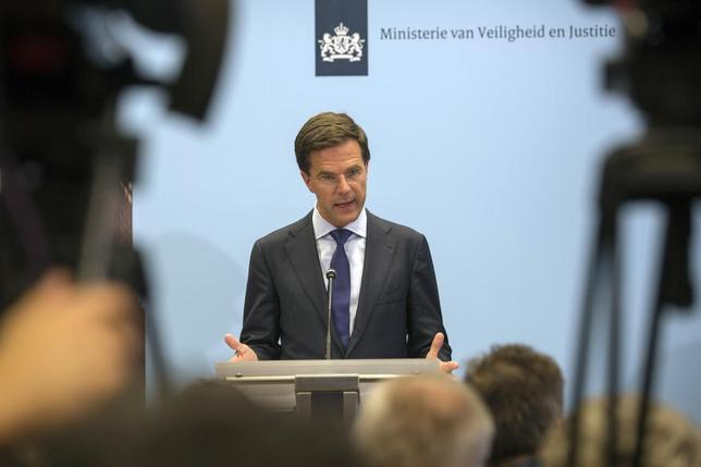 Netherlands' Prime Minister Mark Rutte speaks at a news conference at The Hague July 18, 2014.  REUTERS/Cris Toala Olivares
