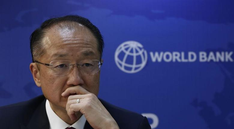 World Bank President Jim Yong Kim listens to a question during a news conference in New Delhi July 23, 2014.  REUTERS/Adnan Abidi