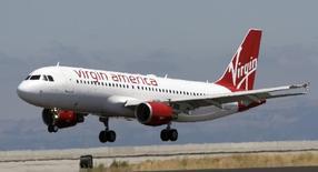 Virgin America, la compagnie aérienne à bas coûts détenue en partie par l'homme d'affaires britannique Richard Branson, va s'introduire en Bourse aux Etats-Unis afin de profiter de la reprise de l'industrie aérienne américaine. /Photo d'archives/REUTERS/John Decker Virgin America/Pool