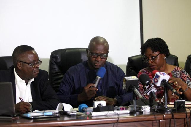(From L to R) Abdulsalami Nasidi, director of the Nigeria Centre for Disease Control (NCDC), Lagos state health commissioner Jide Idris and Lagos Special Advisor on Health Yewande Adesina, speak about the update on the Ebola outbreak during a news conference in Lagos July 28, 2014. REUTERS/Akintunde Akinleye
