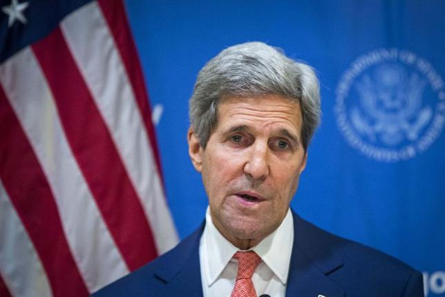 U.S. Secretary of State John Kerry announces a 72-hour humanitarian ceasefire between Israel and Hamas, while in New Delhi August 1, 2014. REUTERS/Lucas Jackson