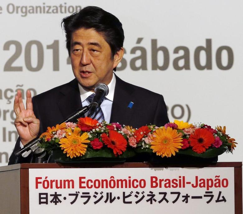 Japan's Prime Minister Shinzo Abe speaks during the Brazil-Japan Economic Forum opening ceremony in Sao Paulo August 2, 2014. REUTERS/Paulo Whitaker