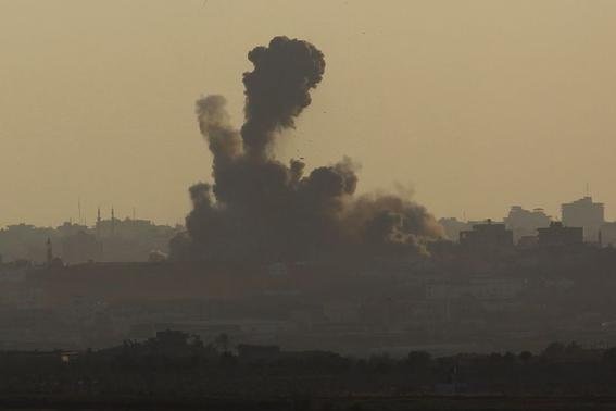 Smoke rises after an explosion in the northern Gaza Strip as seen from the Israeli border August 2, 2014.REUTERS/Amir Cohen