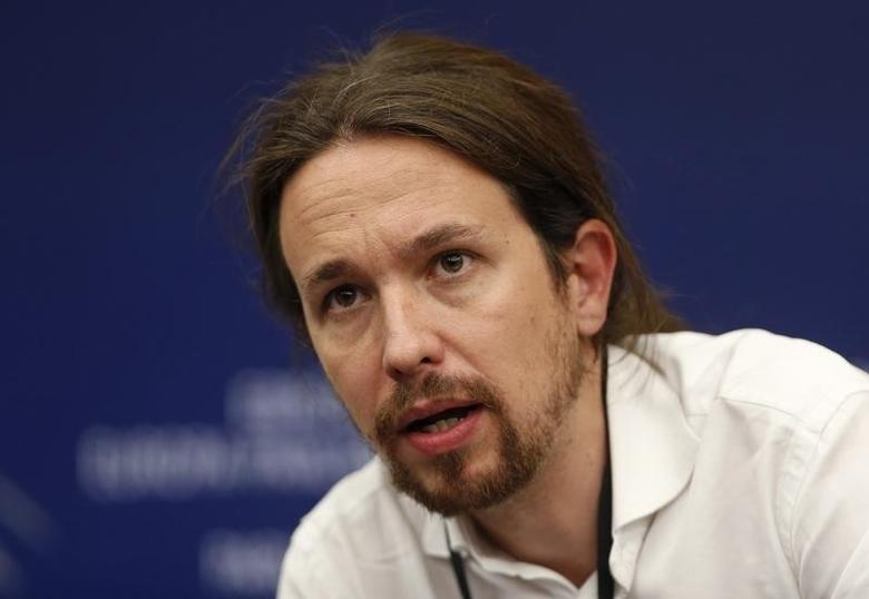 Pablo Iglesias, head of leftist group ''Podemos'', or ''We Can'', addresses journalists during a press briefing at the European Parliament in Strasbourg, July 1, 2014.    REUTERS/Jean-Marc Loos