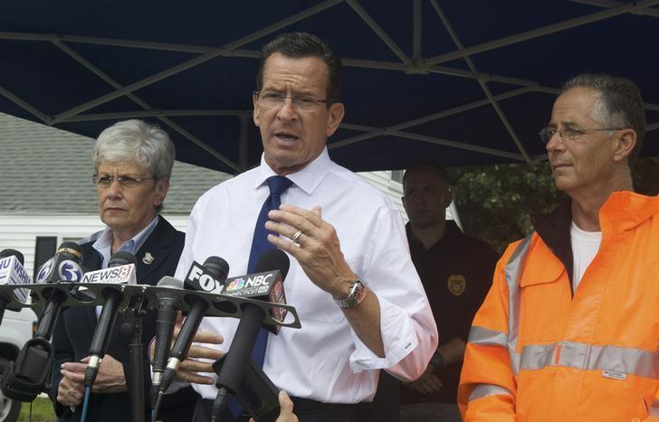 Connecticut's Governor Dannel Malloy speaks to the media in East Haven, August 9, 2013.  REUTERS/Michelle McLoughlin