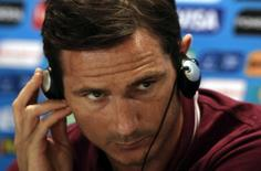 Jogador Frank Lampard durante entrevista coletiva em Belo Horizonte. 23/06/2014. REUTERS/Sergio Perez