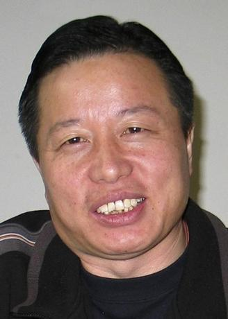Chinese human rights lawyer Gao Zhisheng is seen in Beijing in this January 6, 2006 file photo. REUTERS/Stringer/Files