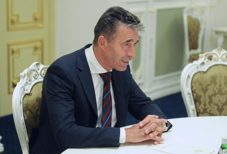 NATO Secretary General Anders Fogh Rasmussen speaks during his meeting with Ukraine's Prime Minister Arseny Yatseniuk in Kiev August 7, 2014. REUTERS/Andrew Kravchenko/Pool
