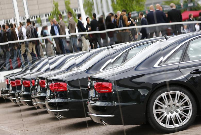 File photo of Audi cars reflected in mirrors during a media preview day at the Frankfurt Motor Show (IAA) September 10, 2013. REUTERS/Pawel Kopczynski/Files