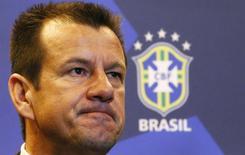 Técnico Dunga anuncia lista de jogadores que vão disputar amistosos em setembro. 22/7/2014 REUTERS/Ricardo Moraes