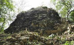 A photograph released to Reuters on August 22, 2014 shows the remains of an ancient Mayan city in Tamchen April 15, 2014. REUTERS/Research Center of the Slovenian Academy of Sciences and Arts/Handout via Reuters