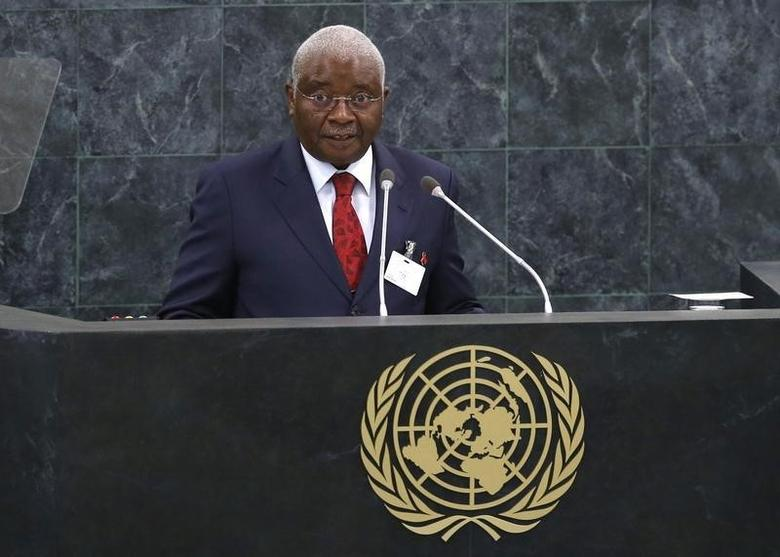 Mozambique's President Armando Emilio Guebuza addresses the 68th United Nations General Assembly at U.N. headquarters in New York, September 24, 2013. REUTERS/Mike Segar