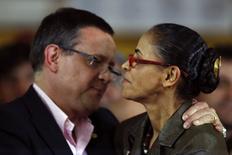 Candidata do PSB à Presidência, Marina Silva, e o candiato a vice, Beto Albuquerque, no anúncio oficial da candidatura em Brasília. 20/8/2014. REUTERS/Ueslei Marcelino