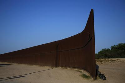 Immigration could set stage for big U.S. budget...