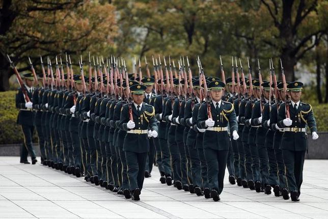 8月29日、防衛省は、2015年度から隠密性のより高い潜水艦の建造に着手する。都内で4月撮影(2014年 ロイター/Issei Kato)