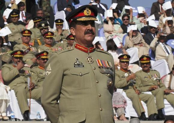 Pakistan's newly appointed army chief General Raheel Sharif attends the change of command ceremony in with outgoing army chief General Ashfaq Kayani (not in picture) at army headquarters in Rawalpindi November 29, 2013. REUTERS/Mian Khursheed/Files