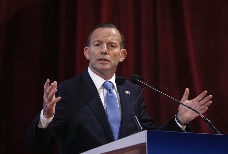 Australian Prime Minister Tony Abbott speaks during the launch of a student mobility program at a university in Mumbai September 4, 2014.  REUTERS/Danish Siddiqui