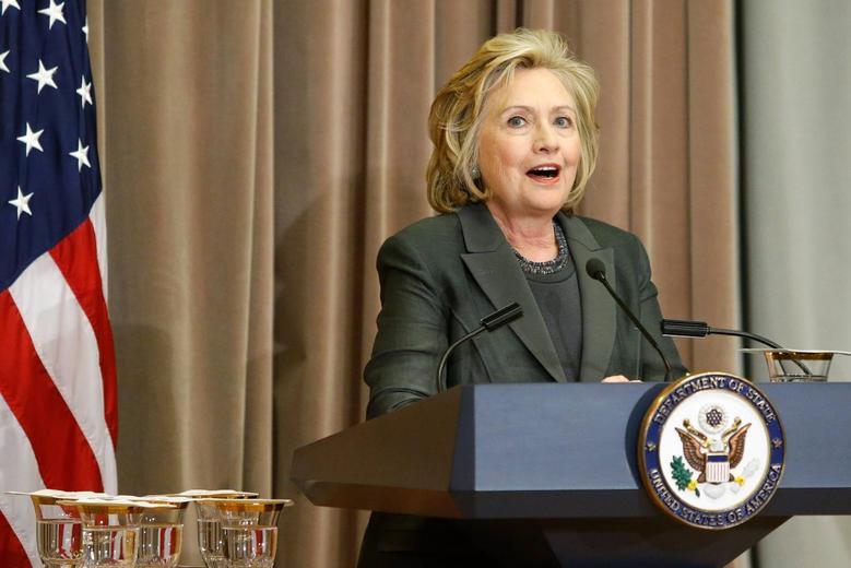 Former U.S. Secretary of State Hillary Clinton makes remarks at a groundbreaking ceremony for the U.S. Diplomacy Center at the State Department in Washington September 3, 2014.  REUTERS/Jonathan Ernst